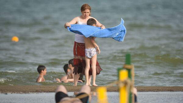 Открытие пляжного сезона в Баку, фото из архива - Sputnik Azərbaycan