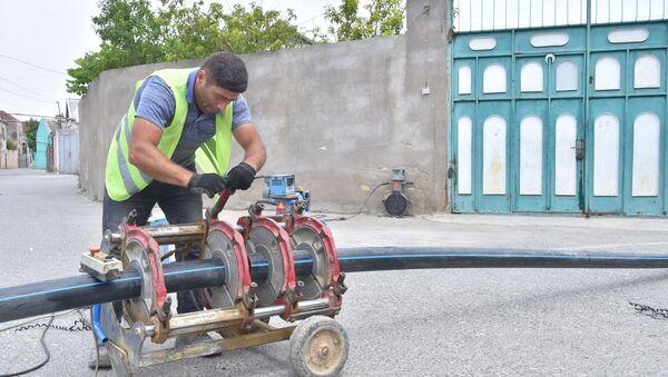 Работы по улучшению водоснабжения жилых массивов - Sputnik Азербайджан