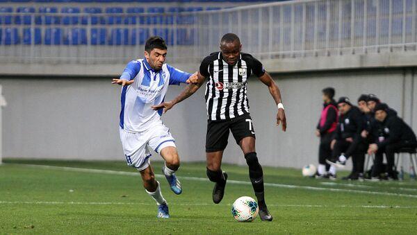 Бывший футболист Нефтчи Дональд Герье (справа), фото из архива - Sputnik Азербайджан