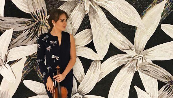 Скрипачка Джейла Сеидова, фото из архива - Sputnik Азербайджан