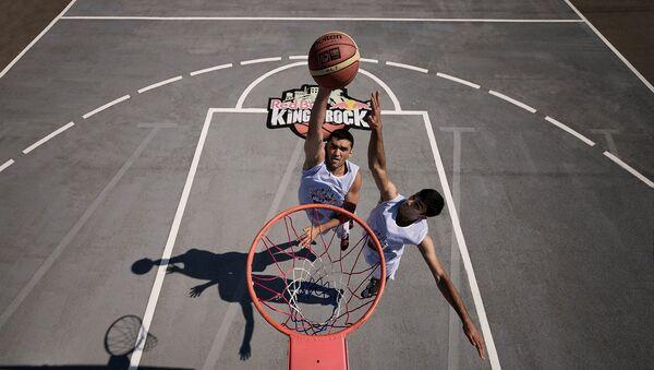 Баскетболист Амиль Гамзаев, фото из архива - Sputnik Азербайджан