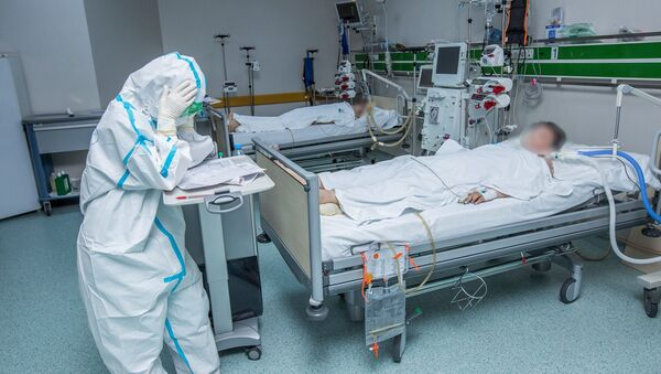 Медик в Госпитале Таможенного Комитета, фото из архива - Sputnik Азербайджан