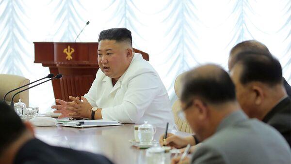 Лидер КНДР Ким Чен Ын, фото из архива - Sputnik Азербайджан