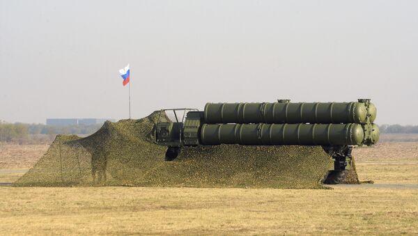 Зенитно-ракетный комплекс С-400, фото из архива - Sputnik Azərbaycan