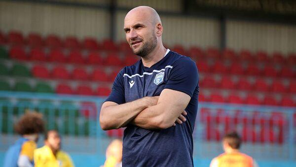 Главный тренер футбольного клуба Сабах Желько Сопич - Sputnik Азербайджан