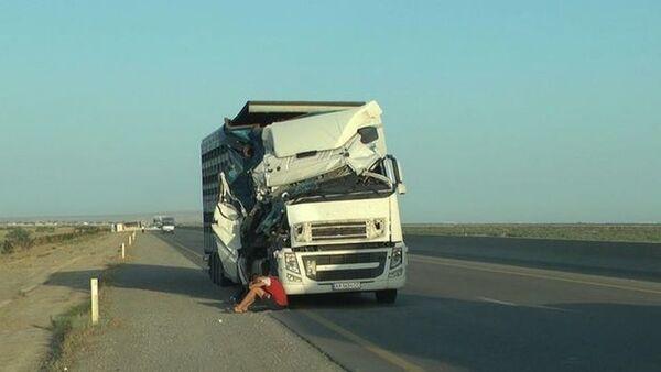 ДТП на автомагистрали Баку-Газах - Sputnik Азербайджан