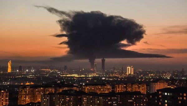 Последствие пожара в Баку - Sputnik Азербайджан