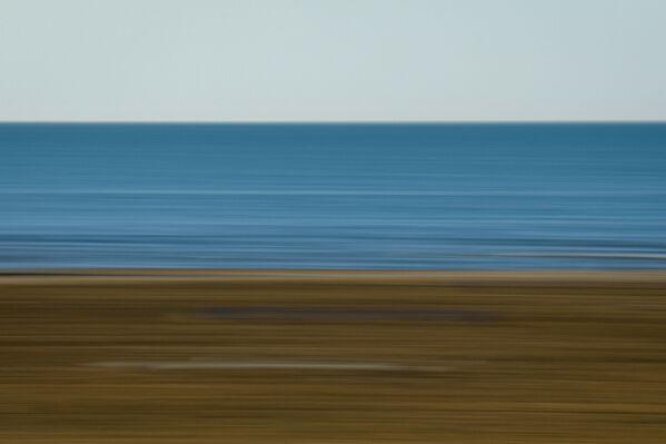 Триколор чистоты и пустоты: небо, море и песок. - Sputnik Азербайджан